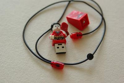 USB-Kimono-Mädchen