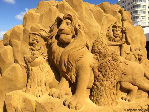 Sandskulpturen Der König der Löwen