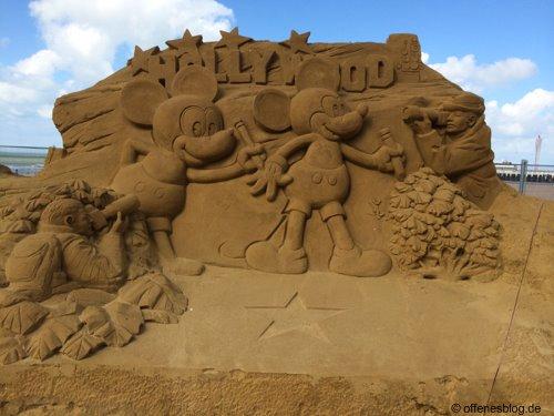 Sandskulpturen Micky Maus