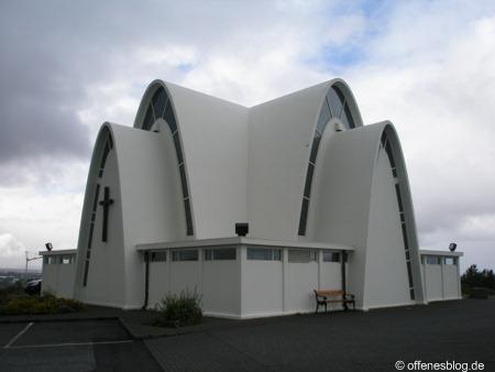 Kópavogurkirkja nahe Reykjavik