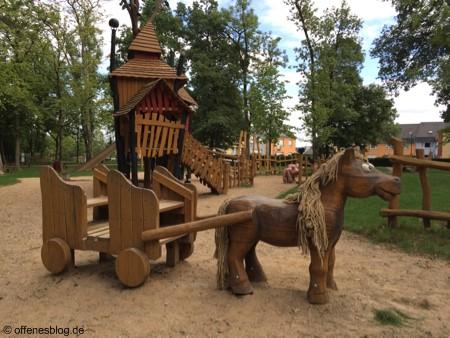 Themenspielplatz Pferdekutsche