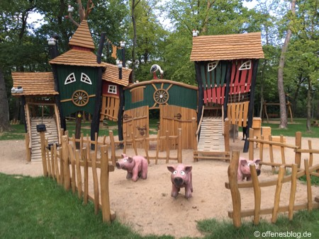 Themenspielplatz Bauernhof Gasperich